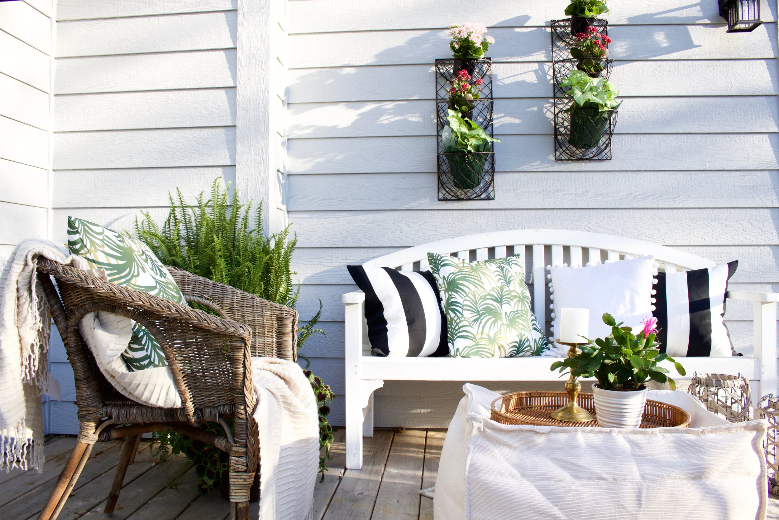 The First Tip To Jazz Up Any Outdoor Is E It Arrange Your Furniture In A Functional Yet Cozy Way We Placed This Wicker Chair Along Side Bench